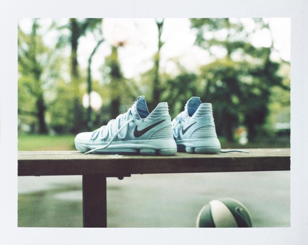 17-230_Nike_KDX_Single_0139-01_native_1600.jpg