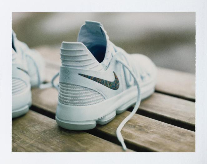 17-230_Nike_KDX_Single_0165-01_native_1600