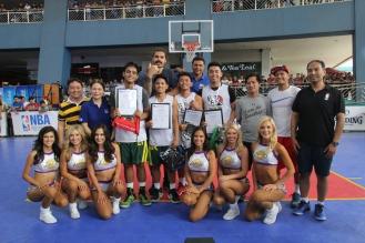 nba-3x-philippines-2017-steven-adams-reggie-theus-laker-girls-4