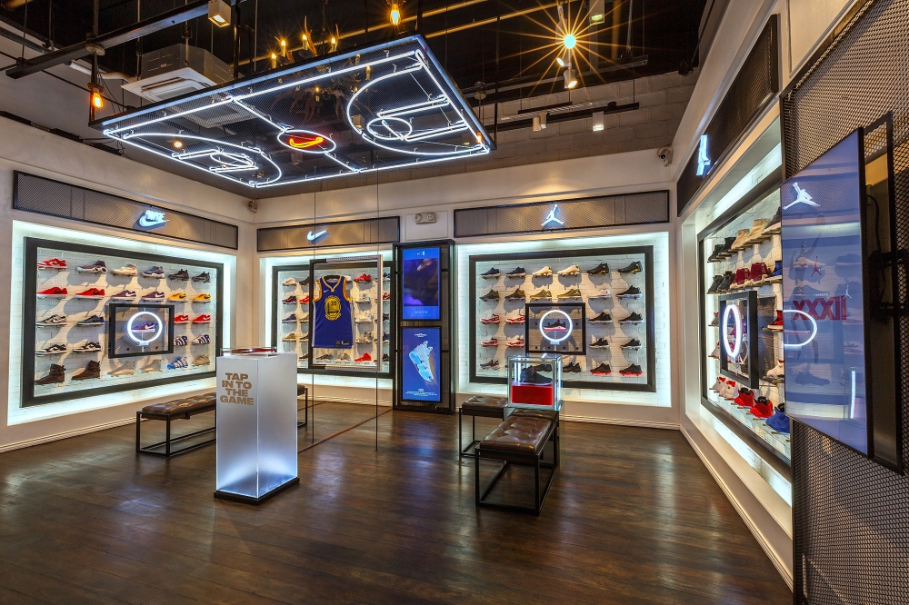 nike-titan-pop-up-space-1